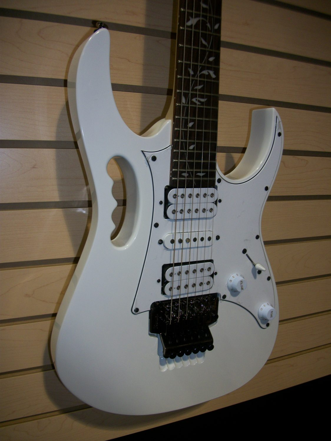 New Arrivals | The Guitar World Oakville