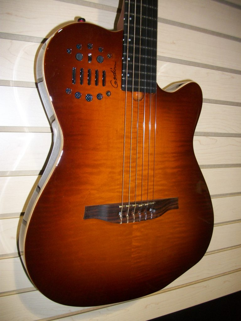 Godin Multiac ACS SA Lightburst Nylon $1225